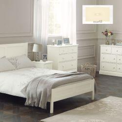 cama de madera marfil