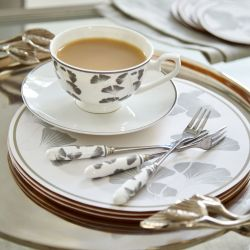 taza y plato Georgina