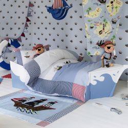 alfombra infantil con aplique de barco pirata