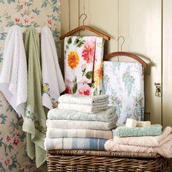 Toallas de algodón diseño hojas blanco, Laura Ashley