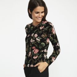 chaqueta de punto negra con flores, Laura Ashley