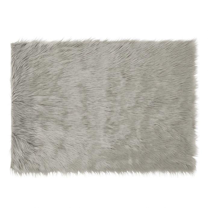 alfombra de pelo gris plata
