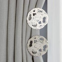 alzapaños blanco de diseño para cortinas