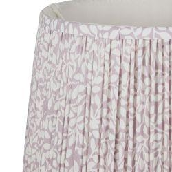 pantalla plisada con hojas de diseño