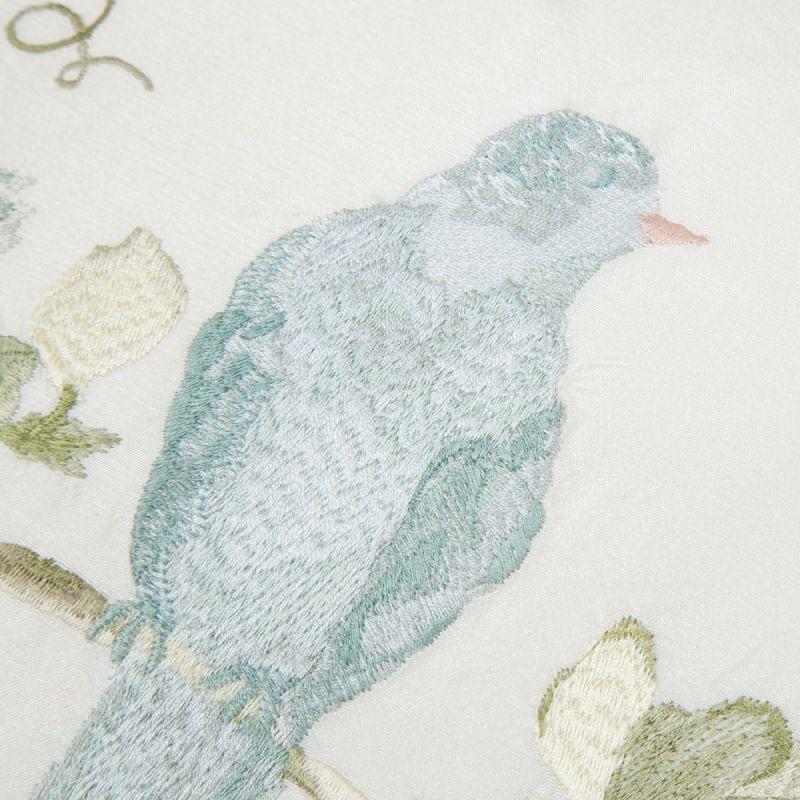 cojín Harewwod bordado azul verdoso