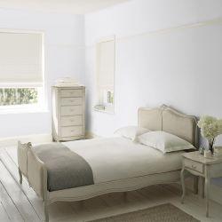 pintura de interior blanco con tono plata