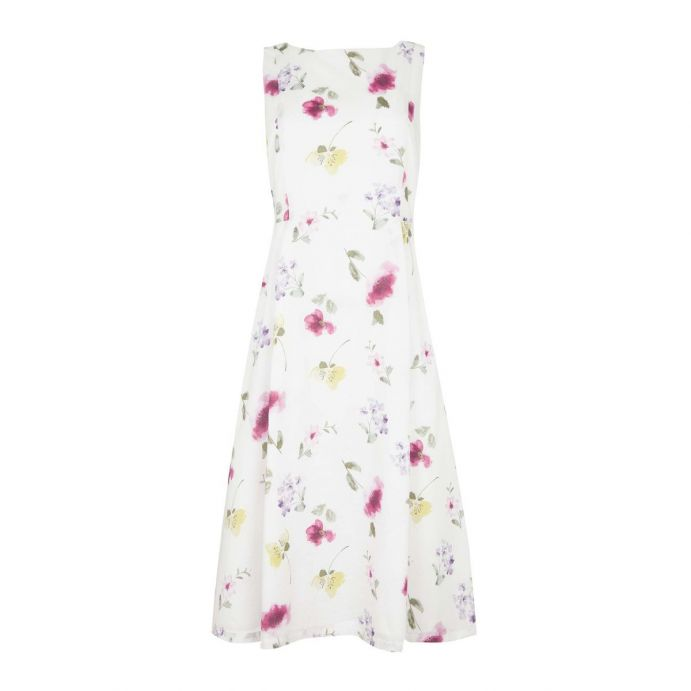precioso vestido estampado de flores con un diseño muy primaveral
