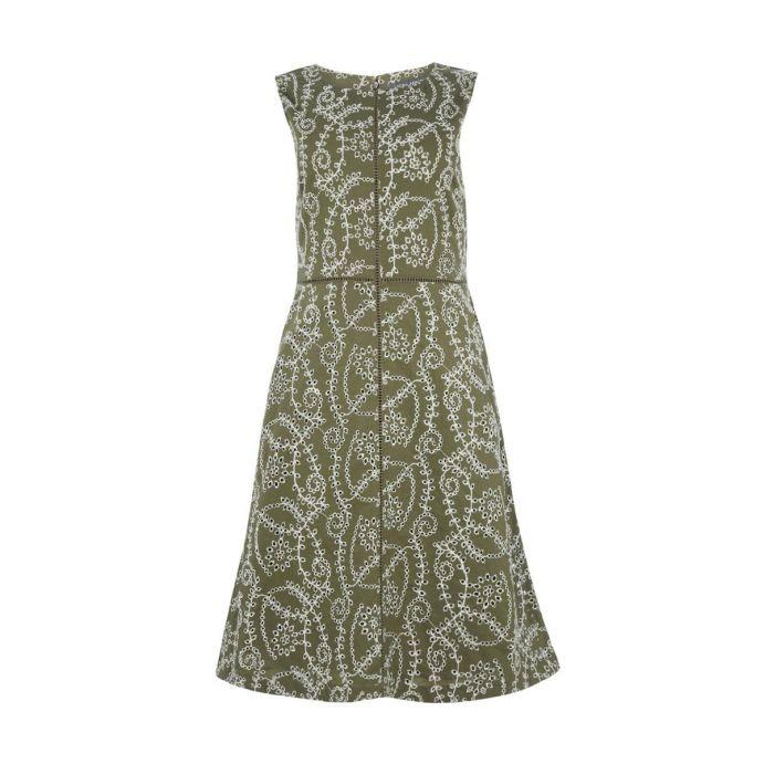 vestido verde bordado de diseño ideal para verano