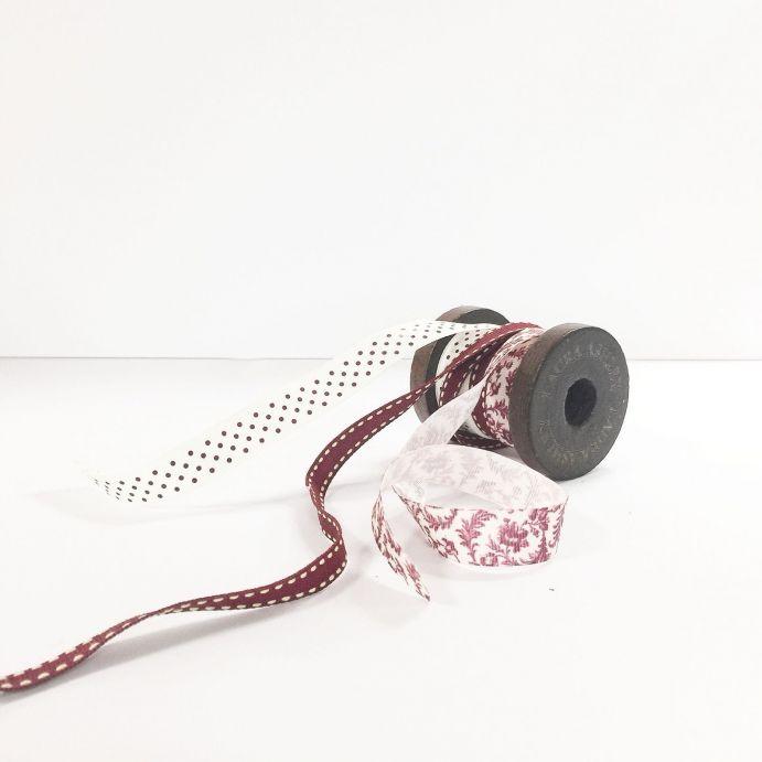 cintas y lazos estampados en arándano de diseño