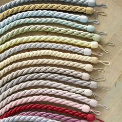 sujeción para cortinas en forma de cuerda de diseño