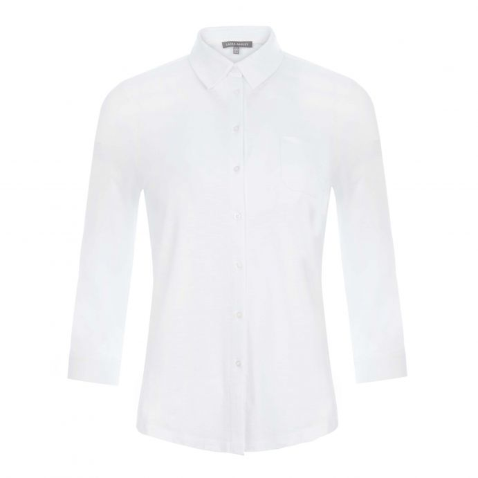 camisa blanca con manga 3/4 de diseño