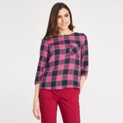 blusa de cuadros rosa de diseño