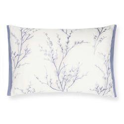 cojín bordado floral en tonos azul iris de diseño