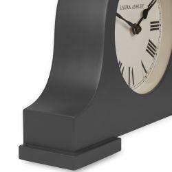 reloj de sobremesa de diseño en madera gris