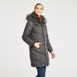 abrigo acolchado largo gris con diseño espiga y pelo en capucha