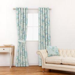tela de flores de violeta ideal para cortinas y estores de diseño
