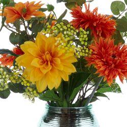 flores artficiales naranjas en jarrón de cristal parecen de verdad
