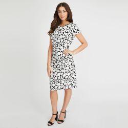 vestido blanco con flores negras de diseño