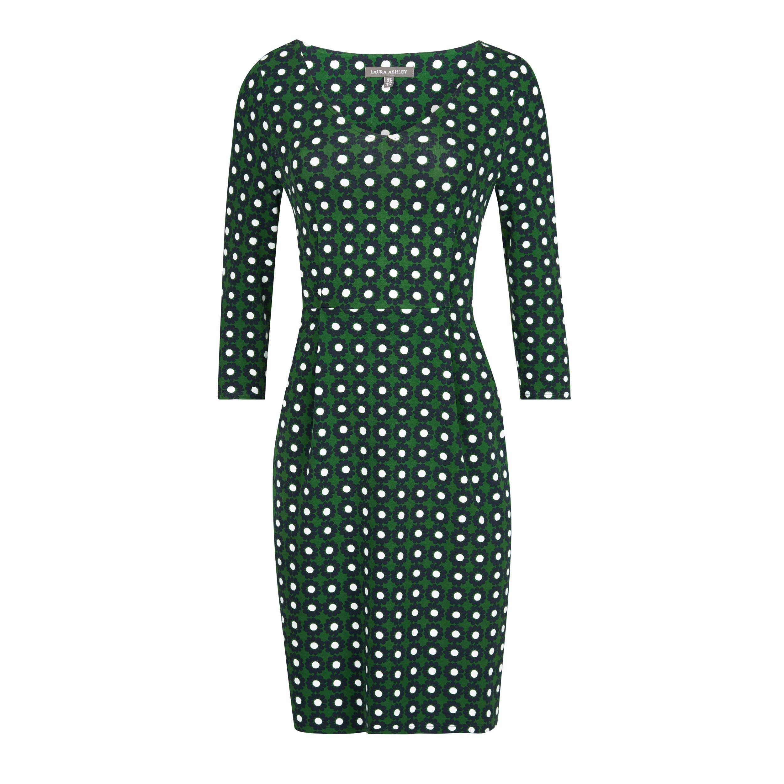 75805dfc8 vestido verde con margaritas azules