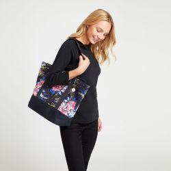 bolso tipo shopper de tela azul marino con flores