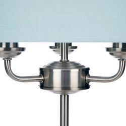 lámpara de diseño con pantalla azul