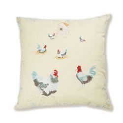 cojín con diseño de gallinas bordadas