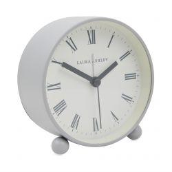 reloj despertador de mesilla con diseño retro