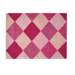 alfombra de lana con diseño de rombos rosas