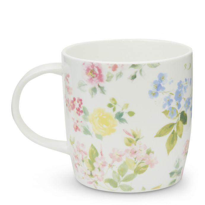 taza de desayuno con flores color pastel de diseño