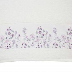 toallas blancas con cenefas de flores moradas de diseño