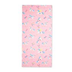 toalla de playa rosa con unicornios diseño infantil
