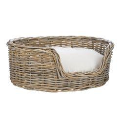 cama de fibra natural para perros con cojín