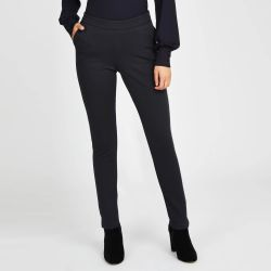 Pantalón azul marino oscuro  con cuadros