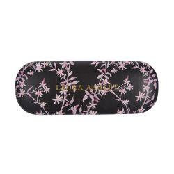 funda de gafas estampada negra con flores de diseño