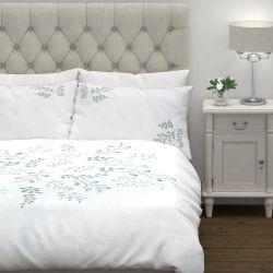 conjunto de cama Sofia bordado azul verdoso