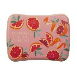 caja para almuerzo con goma de cierre estampada con naranjas