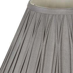 pantalla gris de seda plisada de diseño