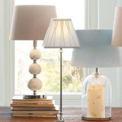 base de lámpara níquel con bolas de mármol decorativas