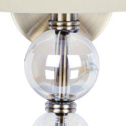 aplique de pared con pantalla moca y esferas de cristal decorativas