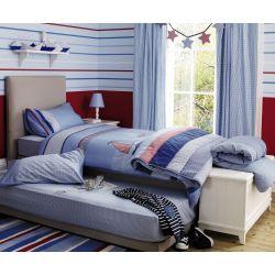 papel pintado de rayas azule y rojas de diseño para habitación infantil