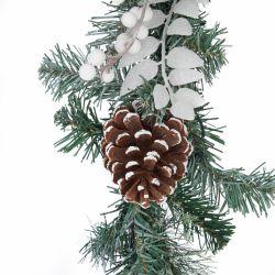 guirnalda de navidad de base vegetal verde y decoración de piñas y bolas blancas con luz