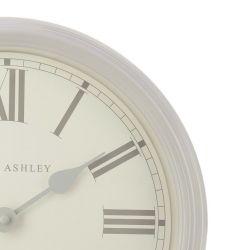 gran reloj de pared de diseño clásico en color gris claro