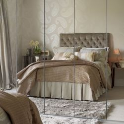 alfombra de pelo gris oscuro de diseño