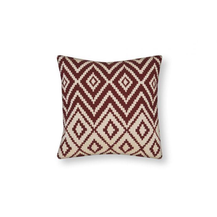 cojín cuadrado geométrico tipo tapiz color rojo