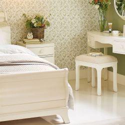 conjunto de tocador, espejo y banqueta de abedul macizo acabado pintado marfil