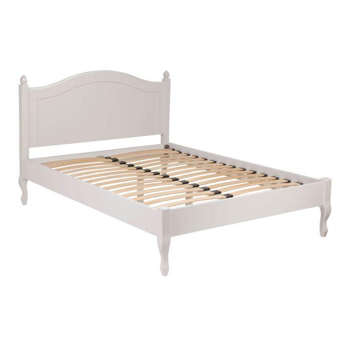 cama de madera en gris claro de diseño clásico