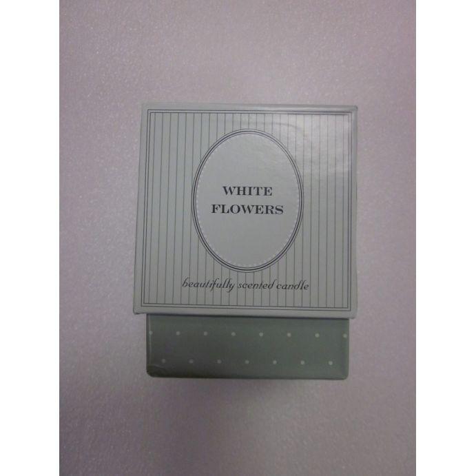 vela en caja white flowers