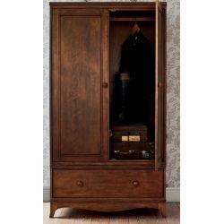 armario de madera maciza oscura