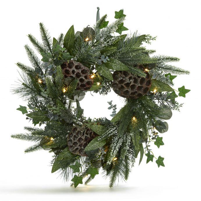 corona navideña winter