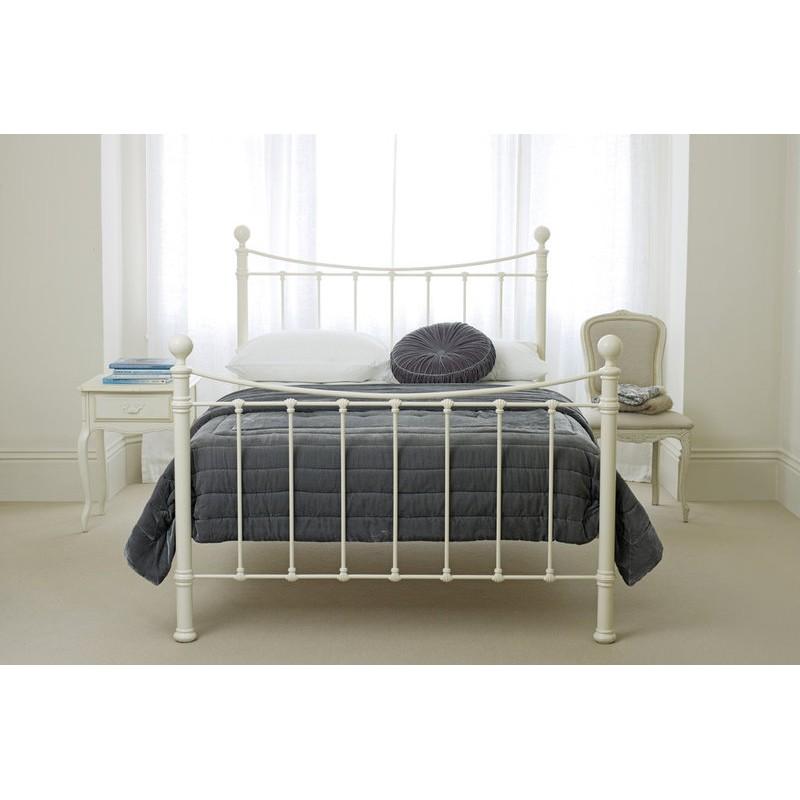 Comprar cama hastings marfil de dise o laura ashley decoracion - Muebles laura ashley ...